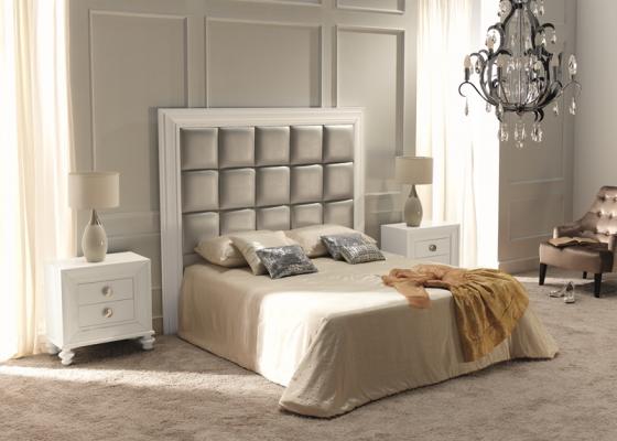 Dormitorio con cabecero con tapizado . Mod.  22