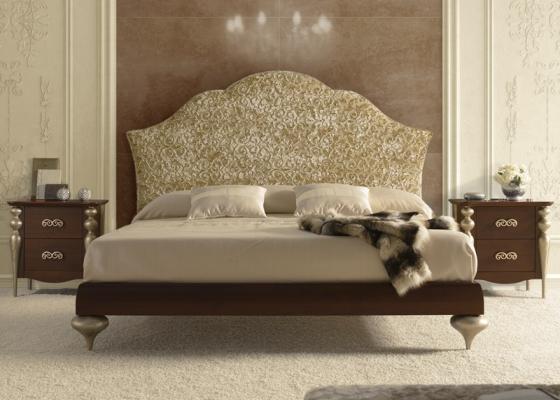 Dormitorio con cabezal   tapizado. Mod. PASION43