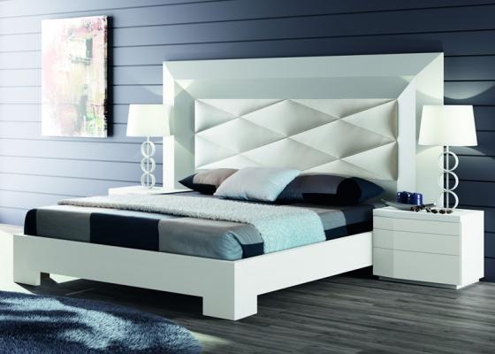 Dormitorio con cabecero tapizado, mod: GORDON BLANCO