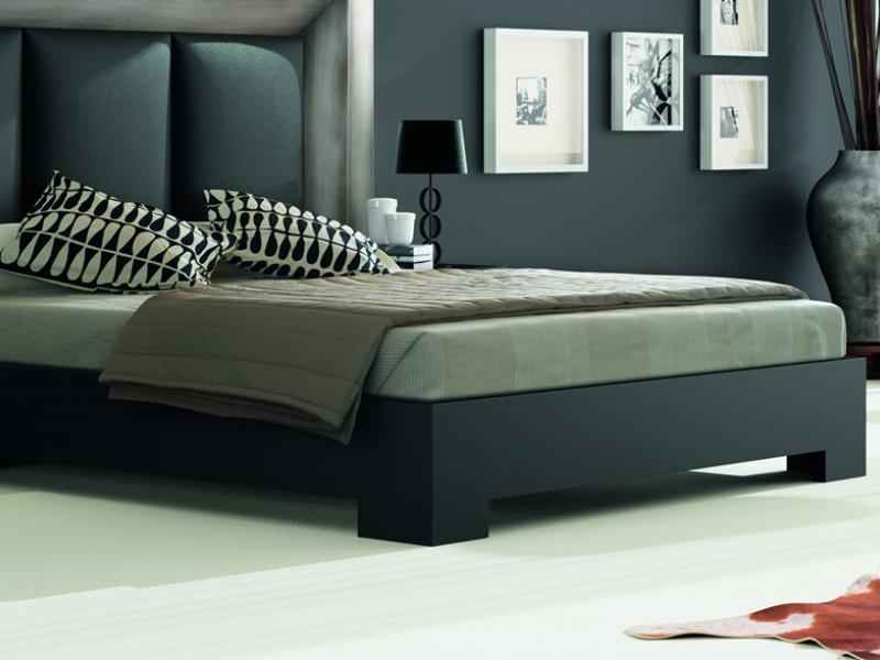 Dormitorio con cabecero tapizado, mod: GORDON PLATA