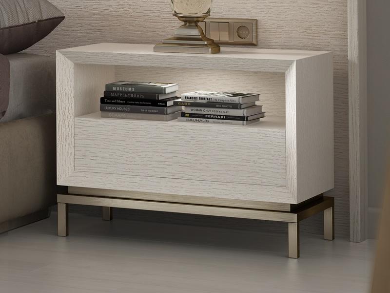 Dormitorio tapizado y en madera de roble. Mod: NAUGE
