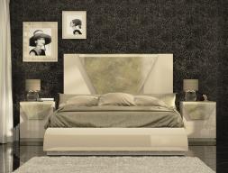 Dormitorio lacado con detalles en pan de champagne. Mod: ANISA