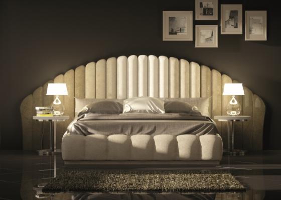 Dormitorio de diseño tapizado con bancada tapizada .Mod: BADRA