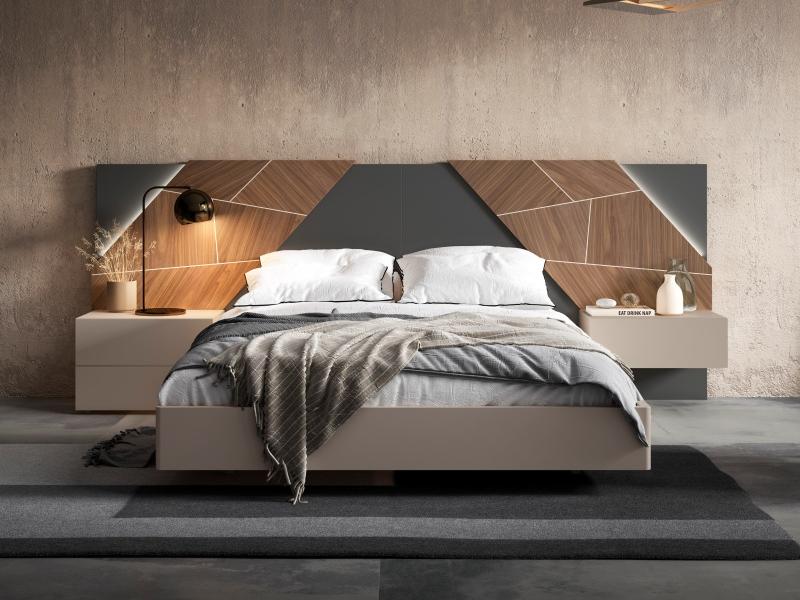 Dormitorio lacado con plafones centrales en madera de nogal americano y luz led. Mod: LILOU