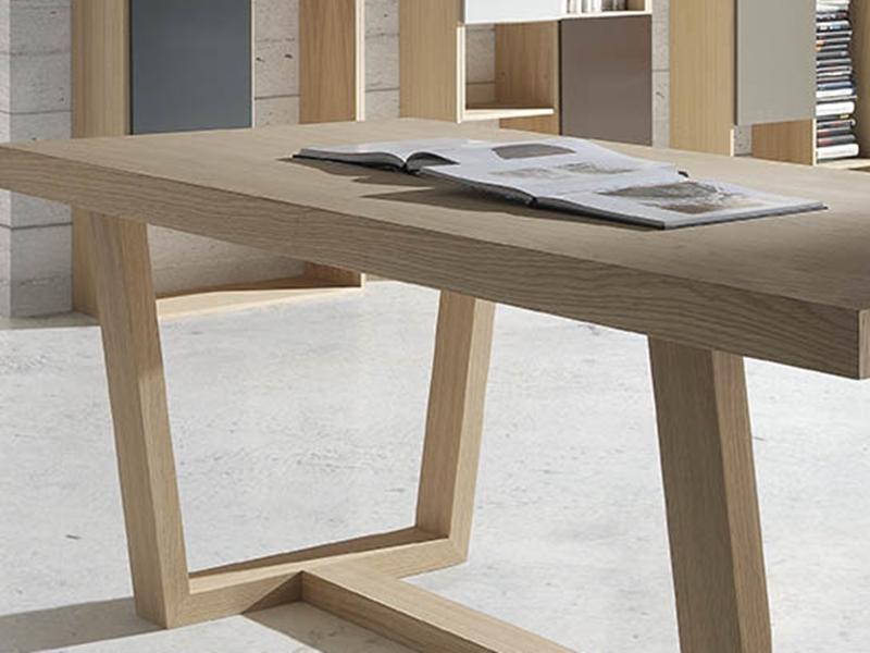 Mesa de comedor fija. Mod: IZAL