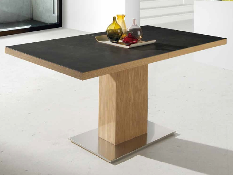 Mesa de comedor  extensible con tapa cer�mica. Mod. ESMERALD CERAMICA