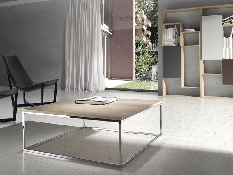 Mesa de centro en acero cromado con tapa en madera o cristal. Mod. AMAN