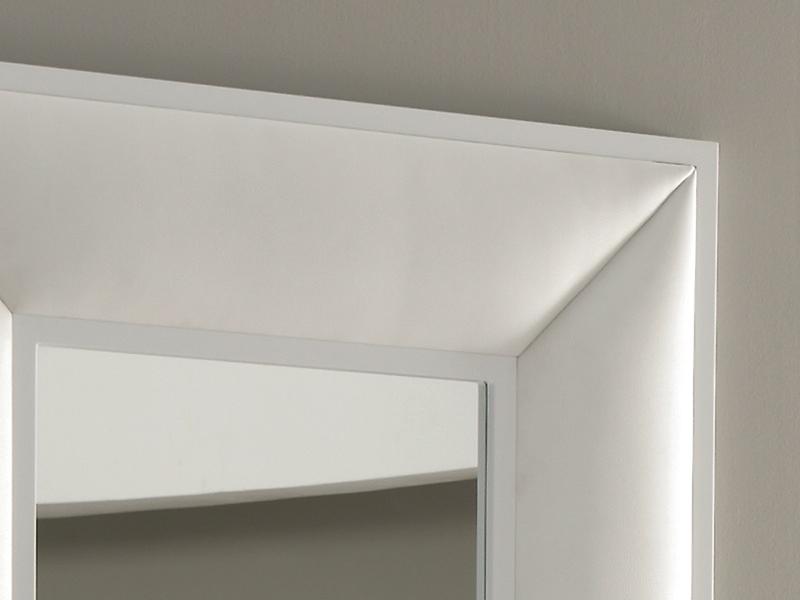 Espejo tapizado. Mod: BELLUCI