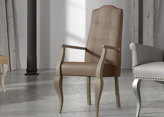 Sillón tapizado y lacado, mod: ROYAL B