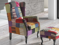 Sill�n orejero  con patas delanteras isabelinas tapizado en patchwork de tonos vivos, mod: TEIDE PATCHWORK