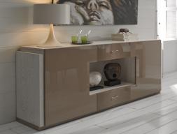 Aparador lacado en alto brillo con tapa y costados en madera de fresno, mod: M�NACO