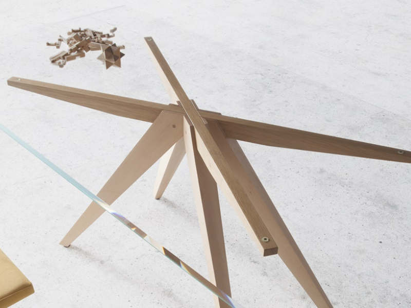 Mesa de comedor con tapa de cristal, mod: NINO