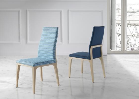 Juego de 2 sillas tapizadas. Mod. BORIS