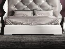 Base cama  lacada. Mod. HANA