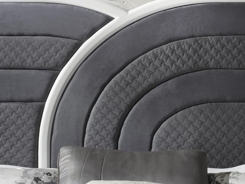 Cabecero tapizado y lacado. Mod: ARCO IRIS TAP