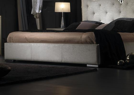Base  de cama tapizada. Mod: ILUSIÓN