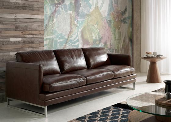 Sof� de 3 plazas tapizado en piel. Mod. BIANCA 3P