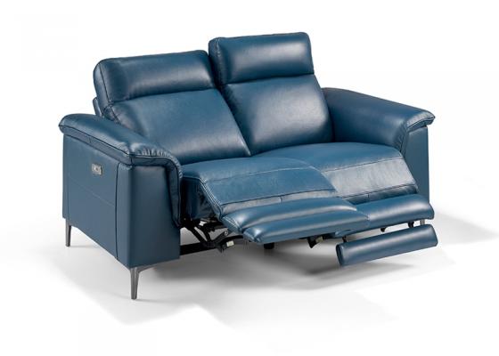 Sofá 2 plazas tapizado en piel con 2 mecanismos relax eléctricos. Mod. GINA 2P