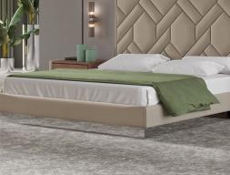 Base de cama tapizada y con espejo. Mod: NATALIE