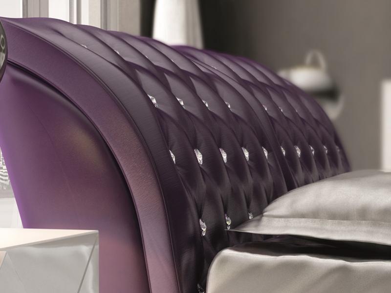 Cama completa tapizada con cristales de Swarovski. Mod: NAJMA