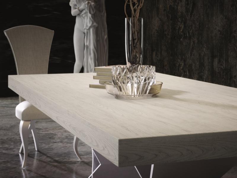 Mesa de comedor extensible tapa en roble. Mod: MALINAS