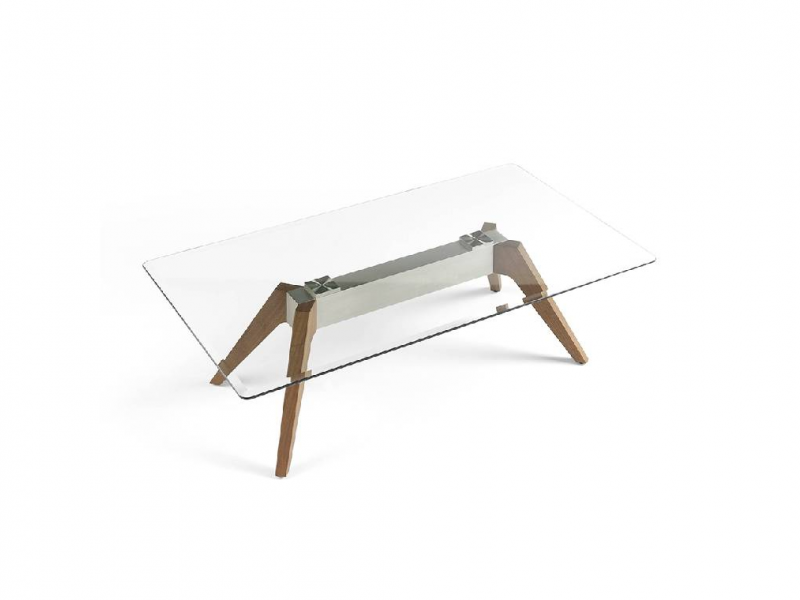 Mesa de centro con patas nogal y tapa de cristal. Mod: NOELIA