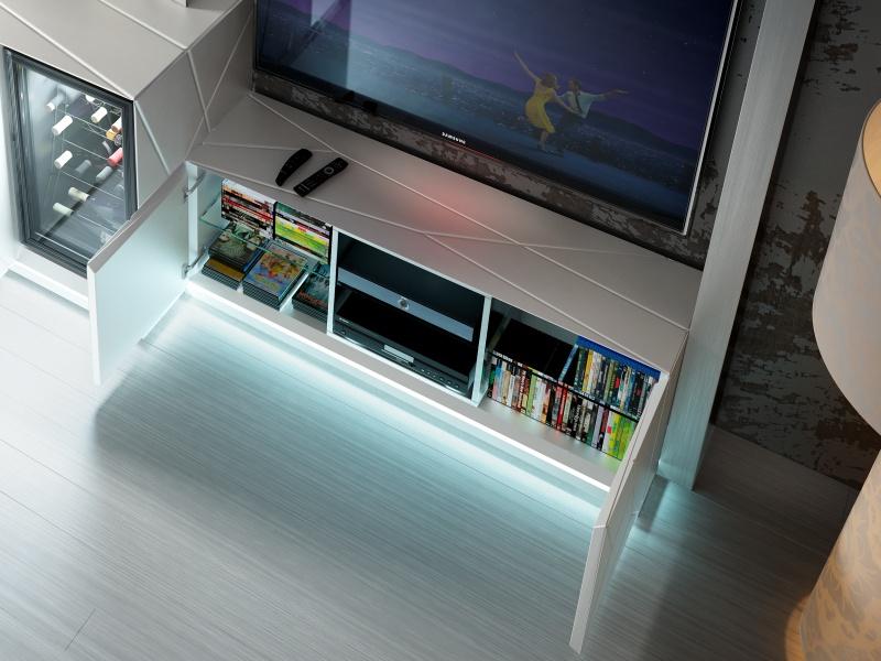 Composici�n modular lacada con vinoteca y luz led. Mod: NAUGE 02