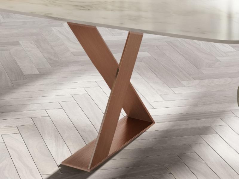 Mesa de comedor con tapa de m�rmol. Mod: BIANCA