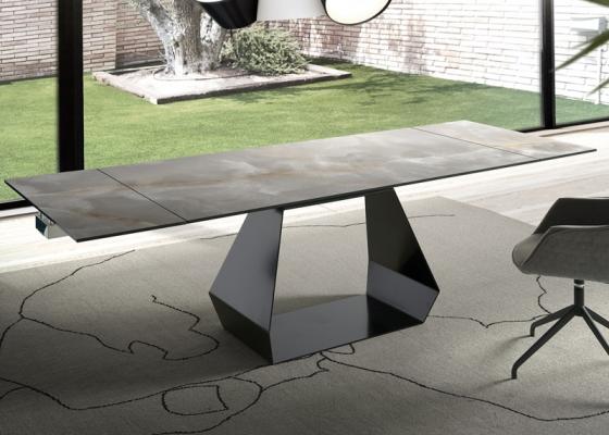 Mesa de comedor extensible con tapa cerámica .Mod: ORIOL CERÁMICO
