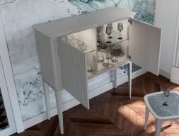 Mueble bar con estantes y luz led. Mod: MAISA