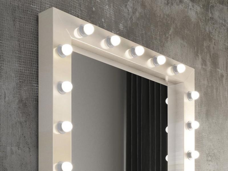 Espejo con luces led.Mod: NACRE