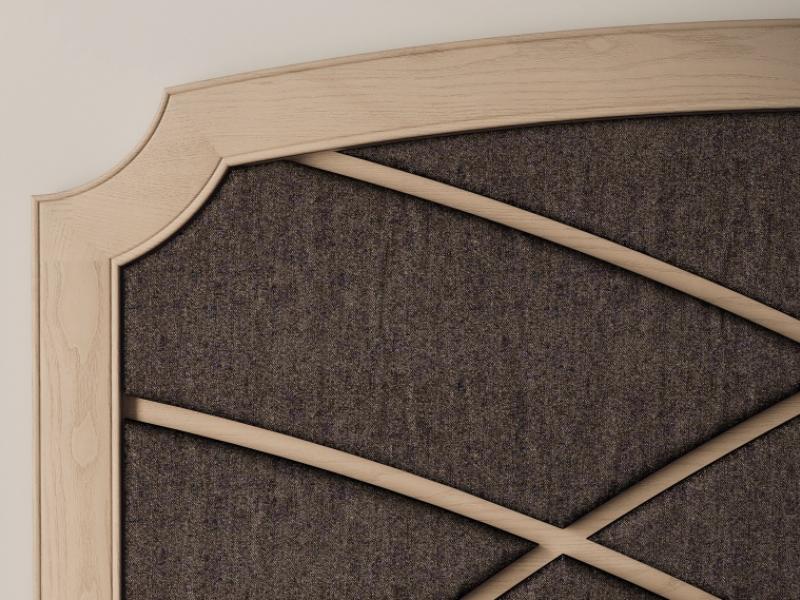Cama completa en madera de fresno y tapizada. Mod: REGINA