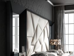 Cabecero tapizado y lacado con espejos laterales. Mod: TAHIRA