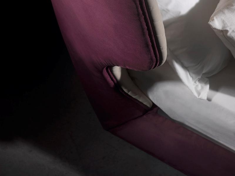 Cama completa tapizado en terciopelo.Mod. SAMIA