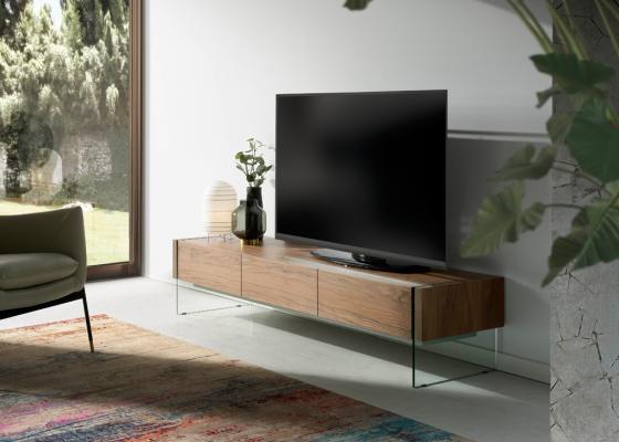 Mueble T.V en madera de nogal con laterales de cristal templado. Mod: MARCO NOGAL