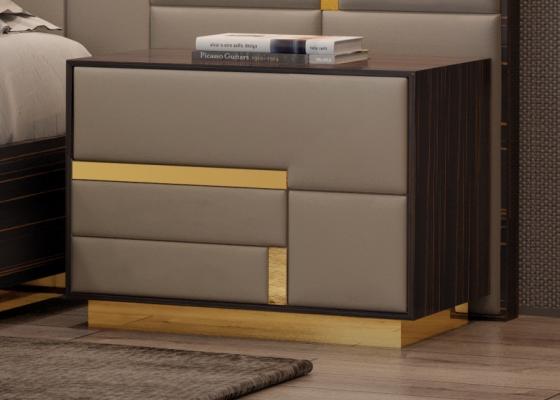 Mesitas de 2 cajones  en madera de ébano con frentes tapizados y detalles con zócalos en acero inox. Mod: SALMA