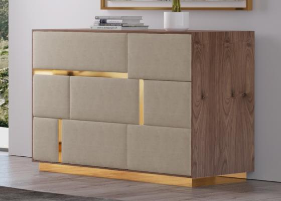 Cómoda de 3 cajones en madera de ébano con frentes de cajones  tapizados.Mod: SALMA